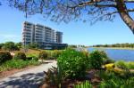 Palm Meadows Australia Hotels - Signature Waterfront Apartments