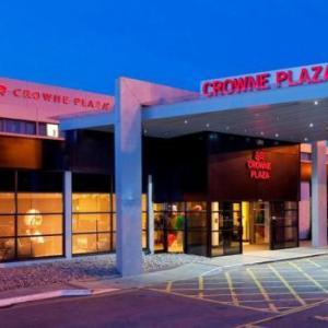 Wythenshawe Forum Hotels - Crowne Plaza Manchester Airport