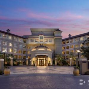 Kelowna City Park Hotels - The Royal Private Residence Club