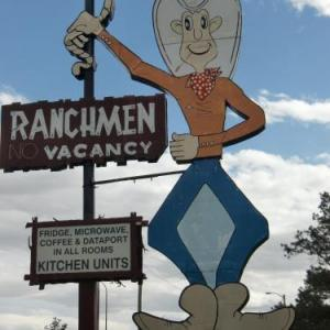 Co-op Place Medicine Hat Hotels - Ranchmen Motel