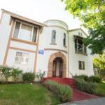 WeHo Vintage Apartment Rental #4