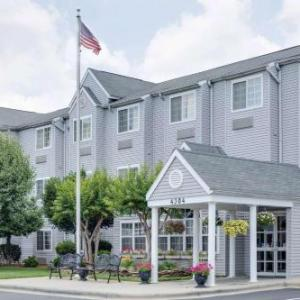 Hotels near Woods of Terror - Microtel Inn By Wyndham Greensboro