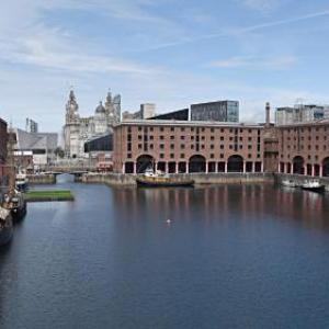 Neptune Theatre Hotels - Holiday Inn Express Liverpool - Albert Dock