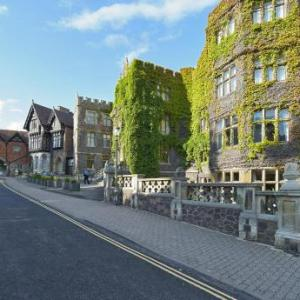 Hotels near Malvern Theatres - The Abbey