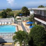 Algiers Beach Resort