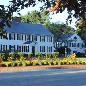 Hotels near Spencer Fairgrounds - Publick House Historic Inn