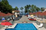 Summerland British Columbia Hotels - Crown Resort Motel
