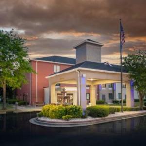 Holiday Inn Express Clayton Southeast Raleigh an IHG Hotel