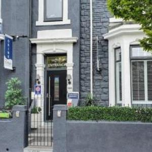 Hotels near Customs House South Shields - The Clifton