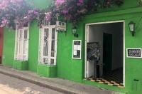 Hostel Green House Coffee Bar
