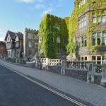 Hotels near Malvern Theatres - The Abbey