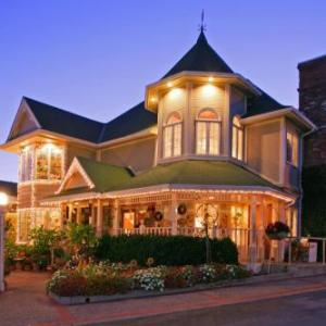 Veterans Hall San Luis Obispo Hotels - Apple Farm Inn