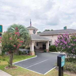 Hotels near Cypress Gardens Moncks Corner - Quality Inn Goose Creek