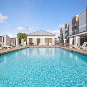 Florence Little Theatre Hotels - Country Inn & Suites by Radisson Florence SC