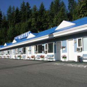 Hotels near The Flying Steamshovel Rossland - Cozy Pines Motel