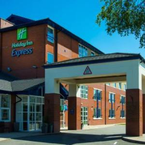 Hotels near Catton Hall and Gardens - Holiday Inn Express Burton On Trent