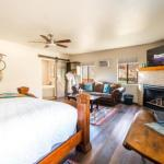 Whispering Creek Bed & Breakfast