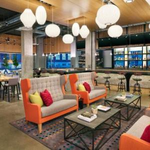 KFC Yum Center Hotels - Aloft Louisville Downtown