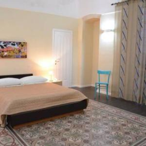 Book Now Le Stanze Di Gea (Ginosa, Italy). Rooms Available for all budgets. Featuring free WiFi throughout the property Le Stanze Di Gea offers accommodation in Ginosa.Certain units have a private bathroom with a spa bath while others have bathrobes a