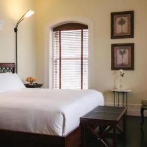 Le Place D Armes Hotel Suites