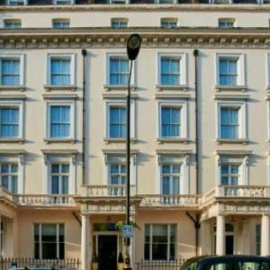 Holiday Inn Express London Victoria
