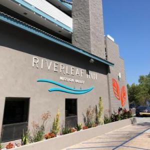 Hotels near Pechanga Arena San Diego - Riverleaf Inn Mission Valley