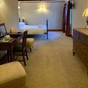 Tan Hill Inn Richmond Hotels - The Charles Bathurst Inn