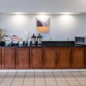 Motel 6-Columbus OH - OSU