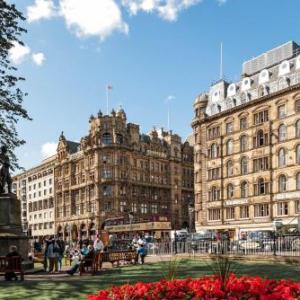 The Stand Comedy Club Edinburgh Hotels - Old Waverley Hotel