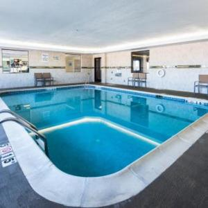 Allegan County Fair Hotels - Holiday Inn Express Hotel & Suites South Haven