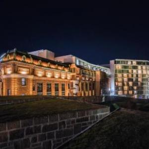 Centre Videotron Hotels - Le Capitole Hotel