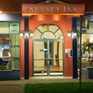 Vancity Theatre Hotels - Sunset Inn and Suites