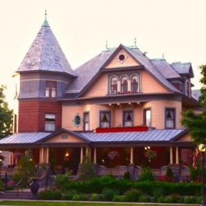 UNION GABLES BED AND BREAKFAST - ADULT ONLY