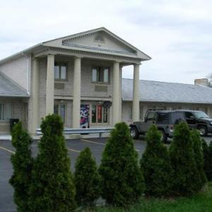 Hotels near Cog Hill Golf Course - D-Lux Budget Inn Lemont