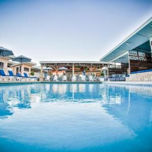 Queensland Country Bank Stadium Hotels - Rambutan Resort