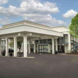 Murphy Center Complex Hotels - Baymont Inn And Suites Murfreesboro