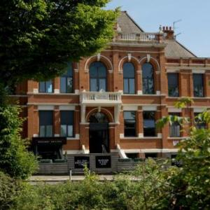 Hotels near Victoria Warehouse Manchester - Trafford Hall Hotel BW Signature Collection by Best Western