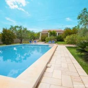 Book Now Manfio's CountryHouses (Ruffano, Italy). Rooms Available for all budgets. Manfio's CountryHouses is located in Ruffano 39 km from Lecce. Gallipoli is 20 km from the property. Free WiFi is featured and free private parking is available on site.Featur