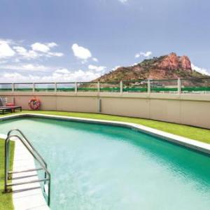 Queensland Country Bank Stadium Hotels - Hotel Grand Chancellor Townsville