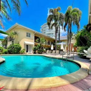 La Casa Hotel A North Beach Village Resort Hotel