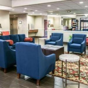 Comfort Suites Willowbrook