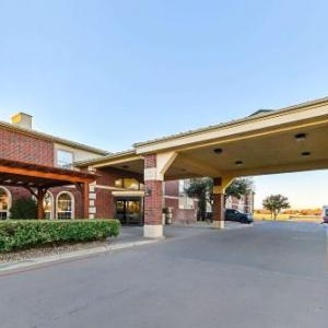 Hotels near Lonestar Event Center Lubbock - Quality Inn & Suites Lubbock