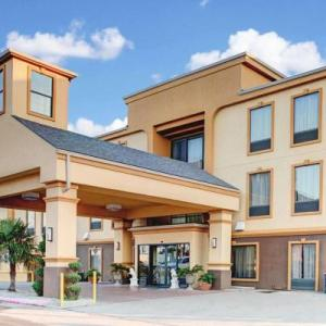 Hotels Near Corsicana High School Comfort Inn