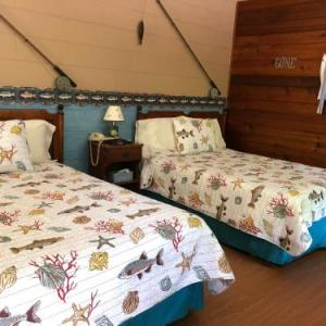 Book Now Chateau Lodge (Oregon, United States). Rooms Available for all budgets. Featuring free WiFi throughout the property Chateau Lodge offers pet-friendly accommodation in Oregon 33 km from Rockford.All rooms include a flat-screen TV. Certain units hav