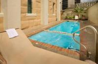 Holiday Inn Express San Antonio N-Riverwalk Area Image