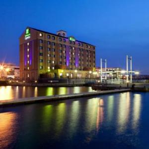Hotels near The Lowry Salford - Holiday Inn Express Manchester - Salford Quays