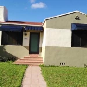 Holiday Home Palacios FL, 33125
