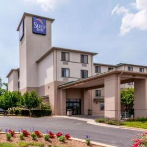 Bridgeforth Stadium Hotels - Sleep Inn & Suites Harrisonburg