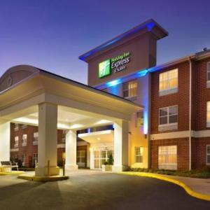 Holiday Inn Express Suites Manas