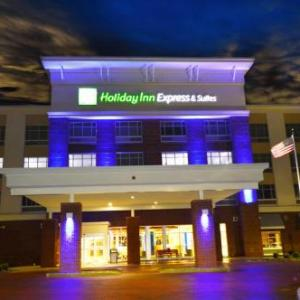 Hotels near Slater Family Ice Arena - Holiday Inn Express & Suites Toledo South-Perrysburg an IHG Hotel